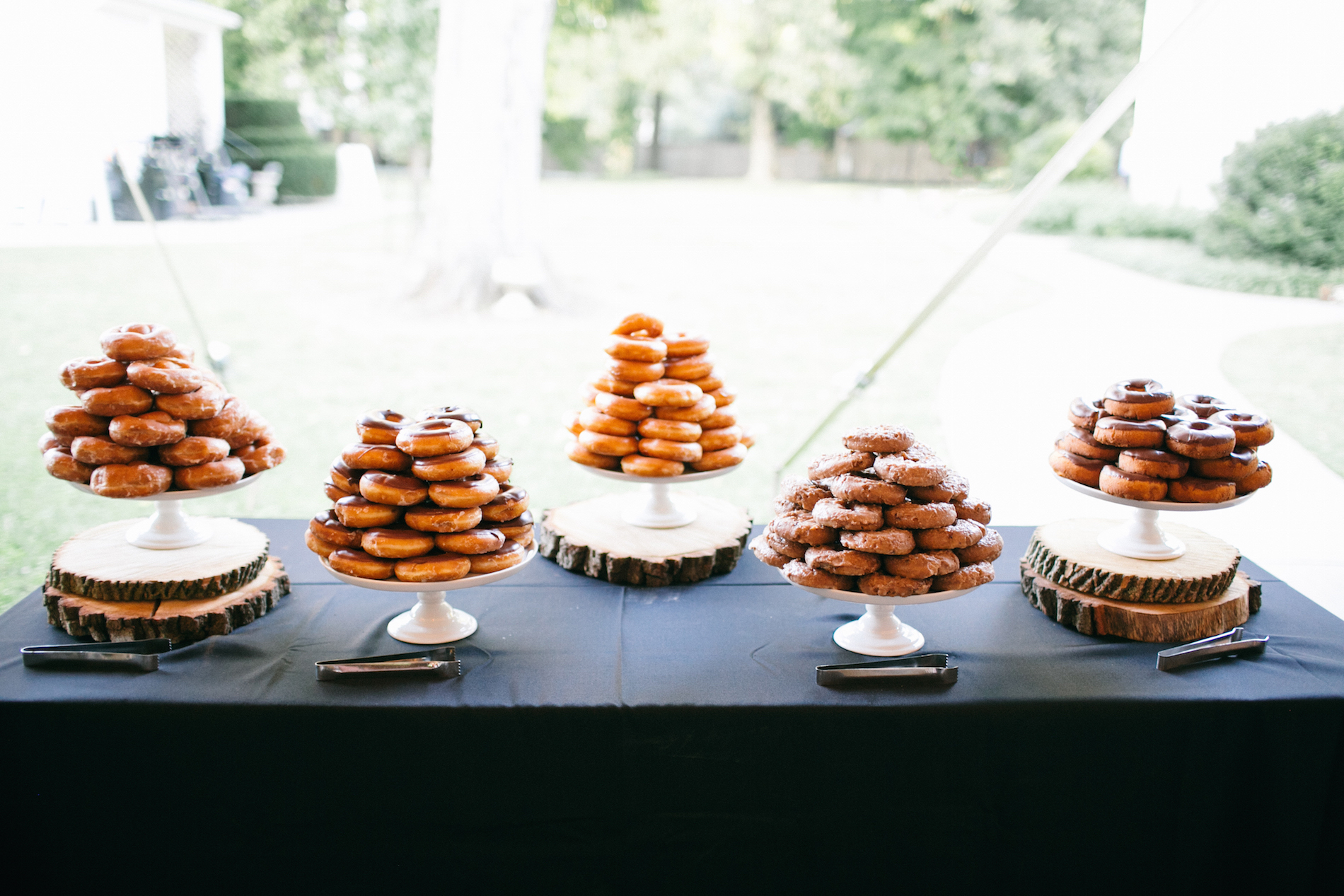 chic-marquee-wedding-lang-thomas-photography-38