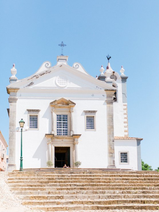 destination-wedding-in-portugal-by-married-16