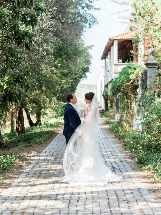 destination-wedding-in-portugal-by-married-4