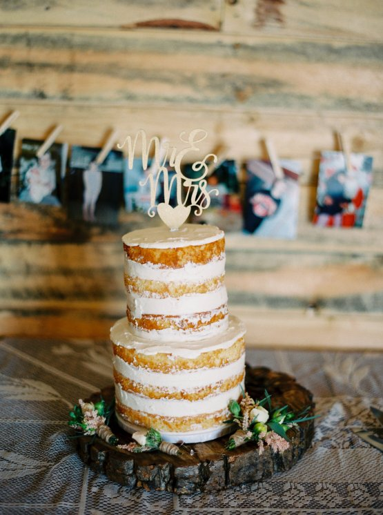 gorgeous-barn-wedding-by-milton-photography-10