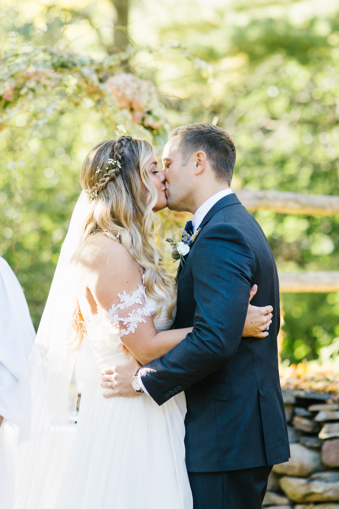 Fun and Laid-Back Wedding by Becka Pillmore Photography 33