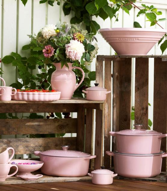 Le Creuset Stoneware Collection in Chiffon Pink