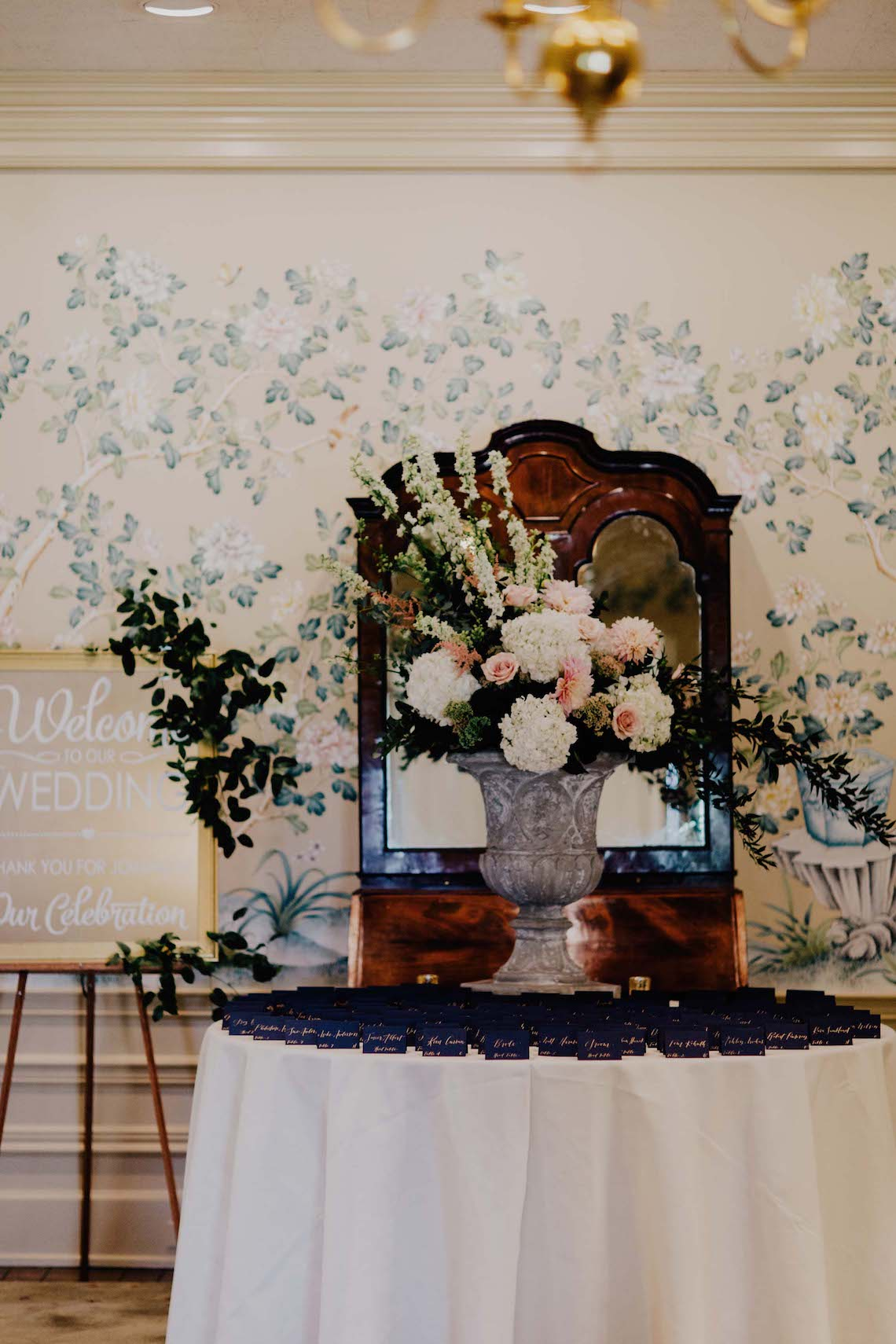 Elegant Wedding by Addison Jones Photography and A Charming Fete 7