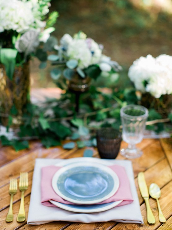 Woodland Wedding Inspiration by Molly Lichten Photography and Jamie Leigh Events 1