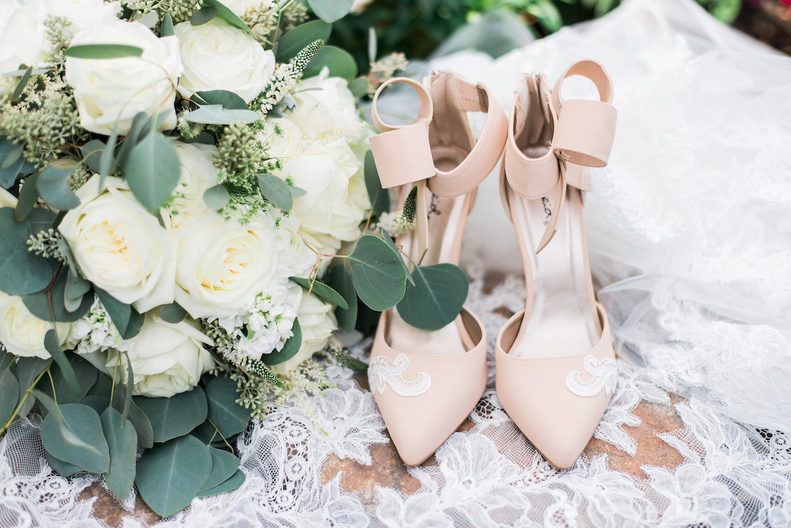 Romantic Floral Wedding by Hay Alexandra and Geomyra Lewis Wedding and Events 20