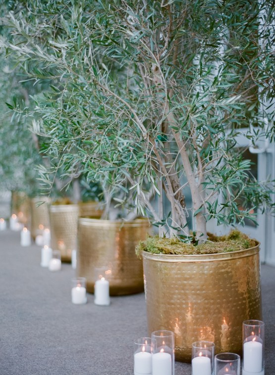 Palm Springs Wedding by Amy and Stuart Photography and Oui Events 72