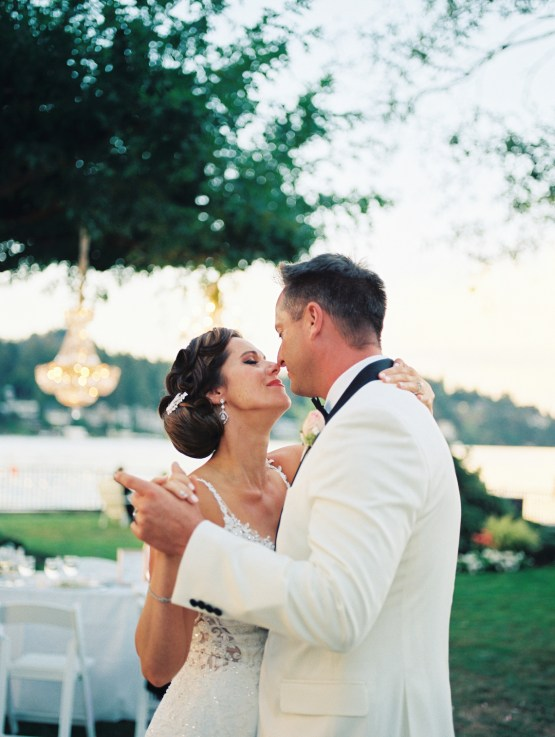 Beautiful Lakehouse Wedding by Jamie Rae Photo 44