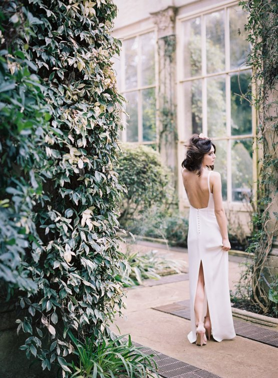 Cherry Williams London Wedding Dress Collection | Taylor and Porter Photography 34