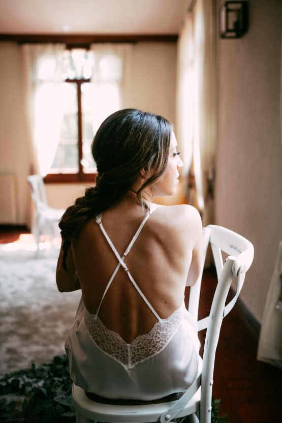 Cool Spanish Wedding by Sara Lobla and La Puta Suegra 40