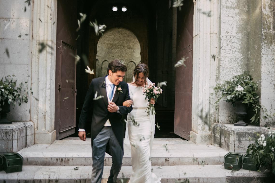 Cool Spanish Wedding by Sara Lobla and La Puta Suegra 50