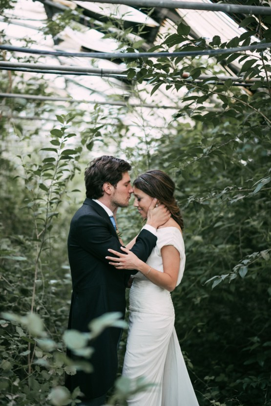 Cool Spanish Wedding by Sara Lobla and La Puta Suegra 53