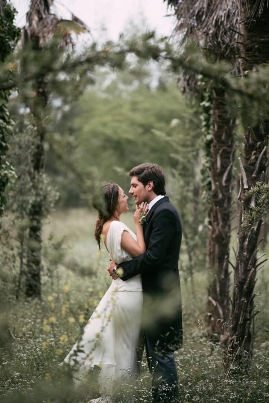 Cool Spanish Wedding by Sara Lobla and La Puta Suegra 56