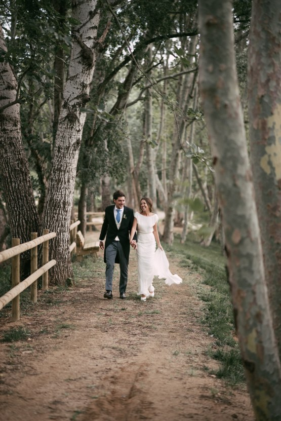Cool Spanish Wedding by Sara Lobla and La Puta Suegra 60