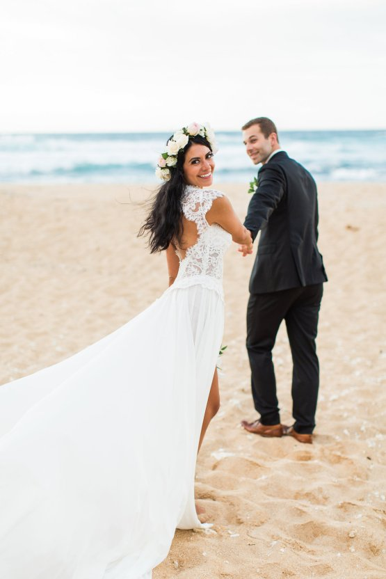 Hawaii Elopement by Modern Elopement and Sea Light Studios 76
