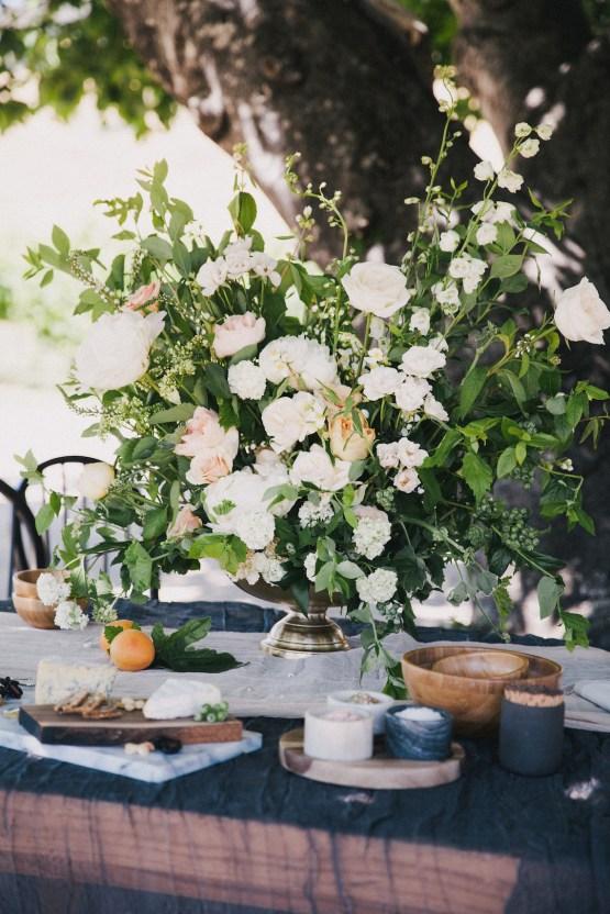 Modern Farmhouse Wedding Inspiration by Alexandra Wallace and A Lovely Creative 41