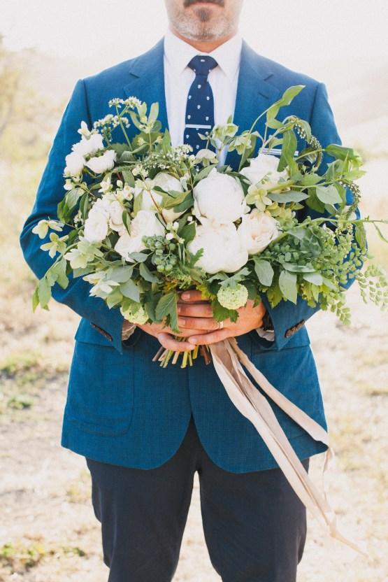 Modern Farmhouse Wedding Inspiration by Alexandra Wallace and A Lovely Creative 70