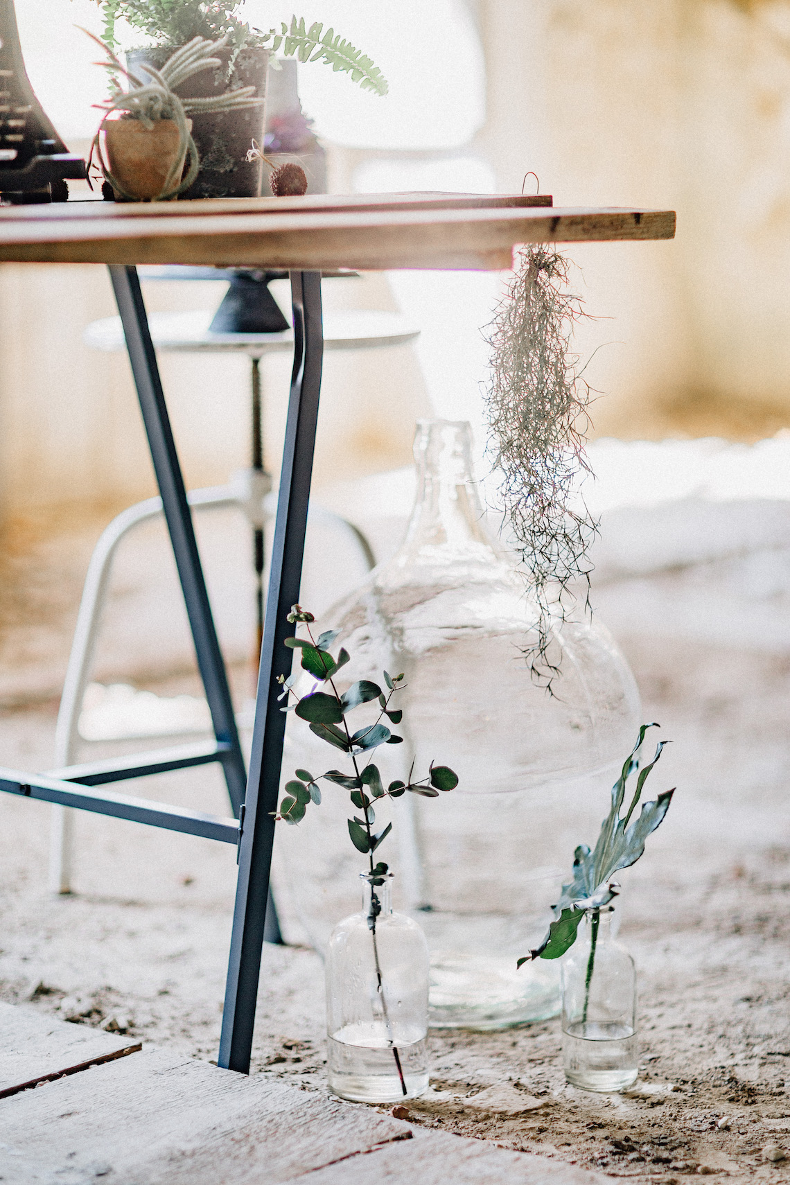 Romantic Wedding Inspiration by Wertan Photo and Local Weddings Budapest 47
