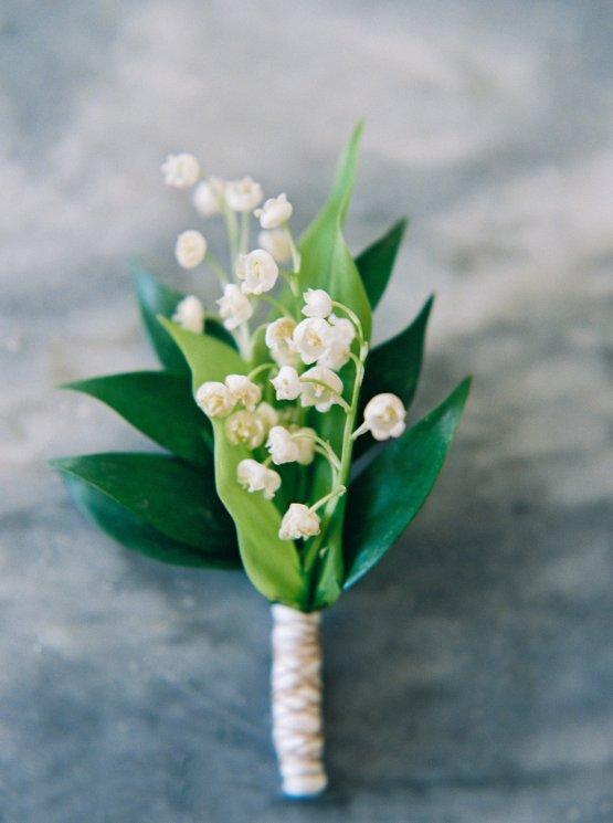 Beautiful & Intimate Fine Art Wedding by Laura Gordon Photography 39