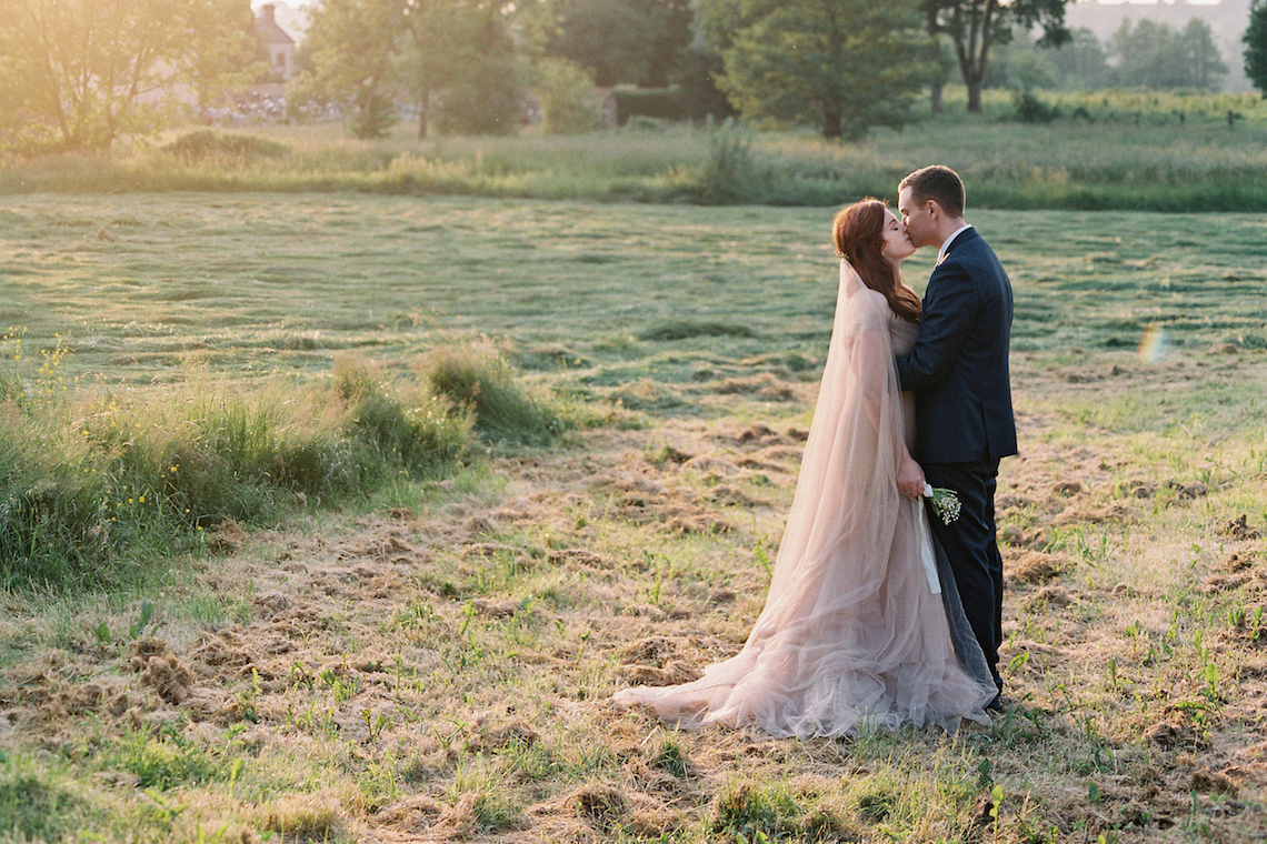 Beautiful & Intimate Fine Art Wedding by Laura Gordon Photography 57