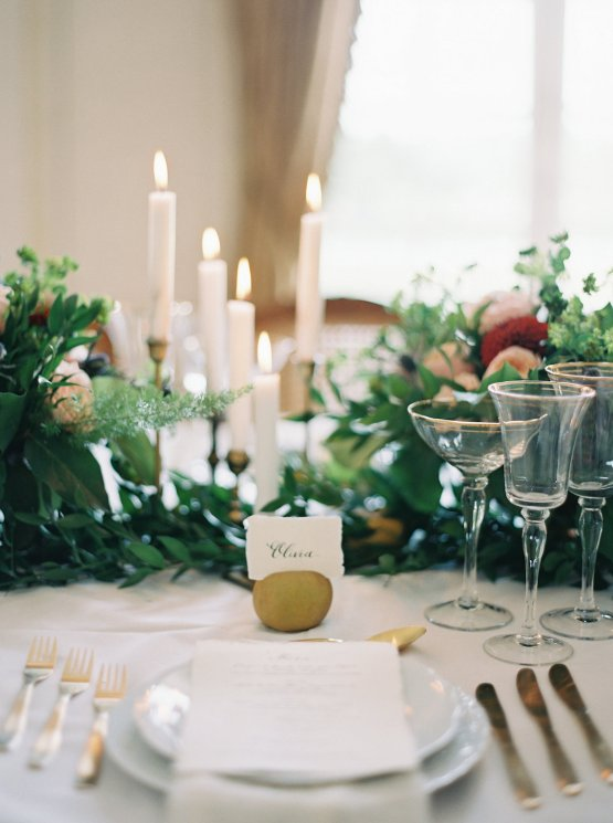 Beautiful & Intimate Fine Art Wedding by Laura Gordon Photography 67