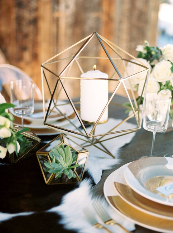 Contemporary Winter Wedding Inspiration by Rachel Havel and Bluebird Productions 21