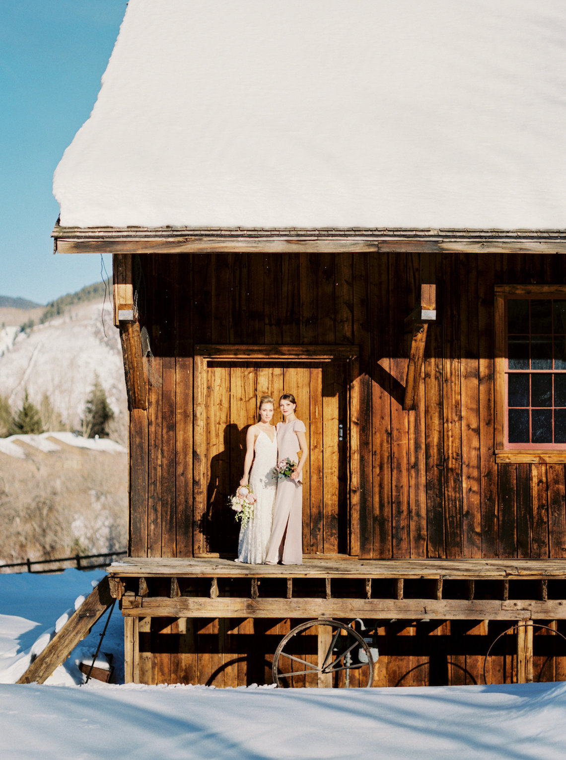 Contemporary Winter Wedding Inspiration by Rachel Havel and Bluebird Productions 38