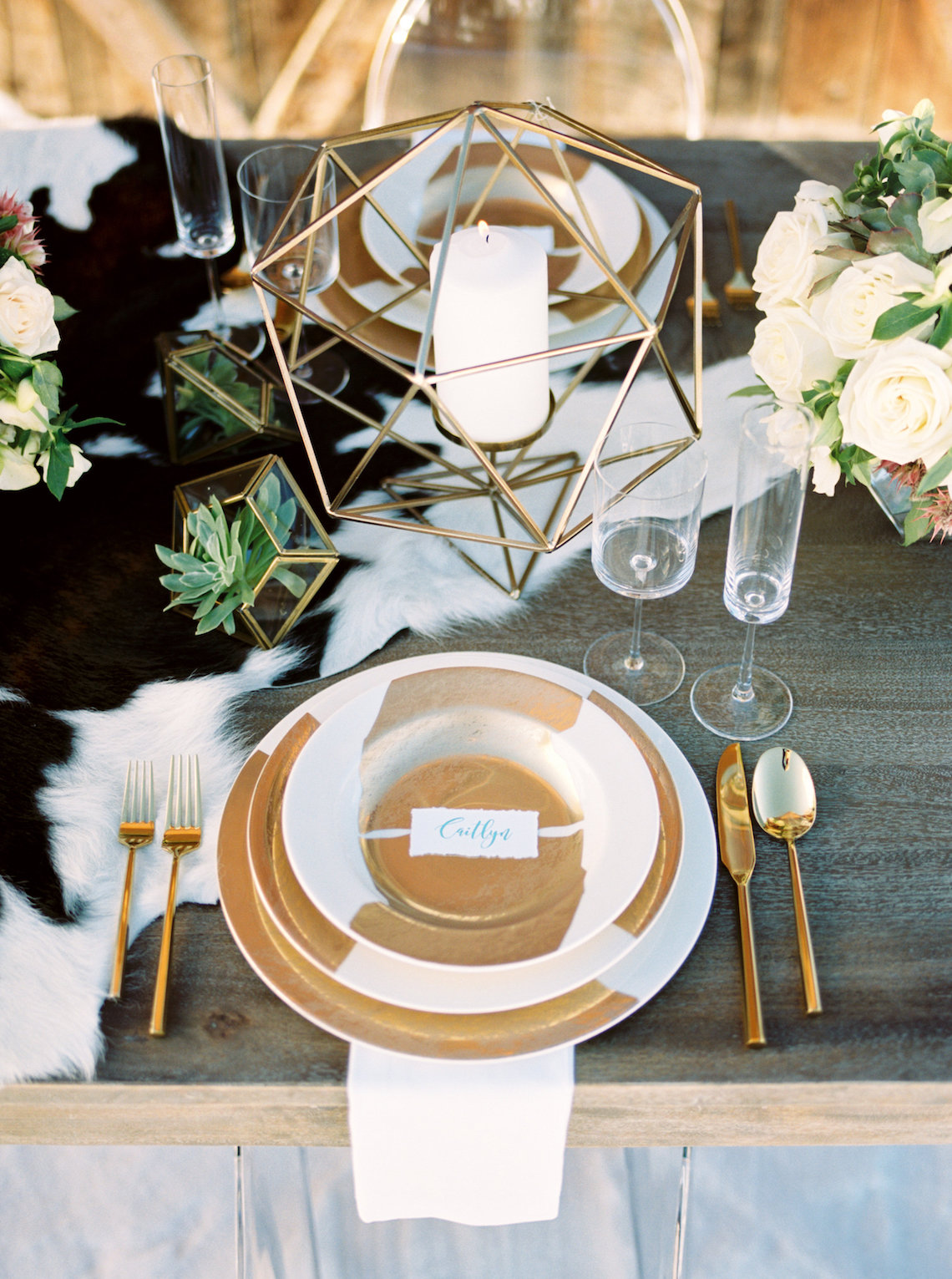 Contemporary Winter Wedding Inspiration by Rachel Havel and Bluebird Productions 5