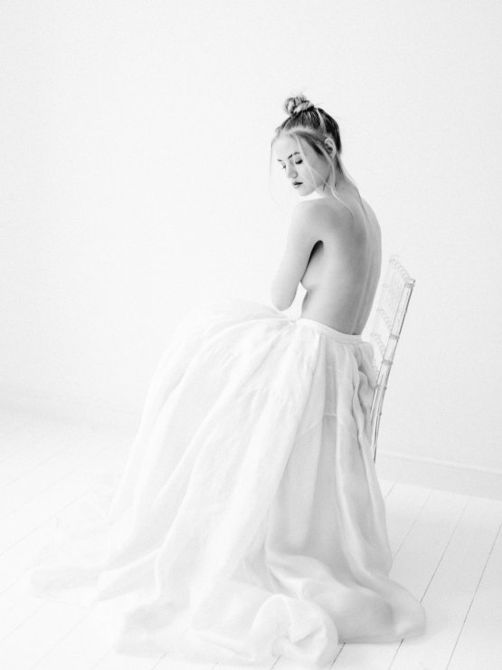 Minimalist Wedding Inspiration from Love & 18