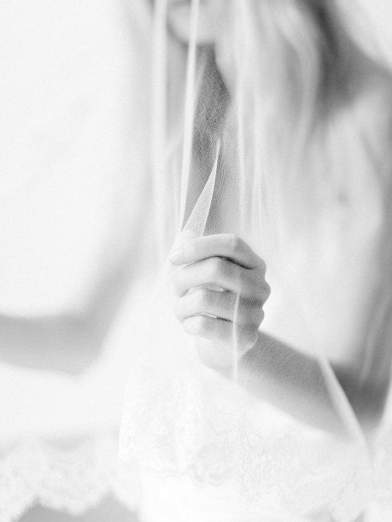 Minimalist Wedding Inspiration from Love & 28