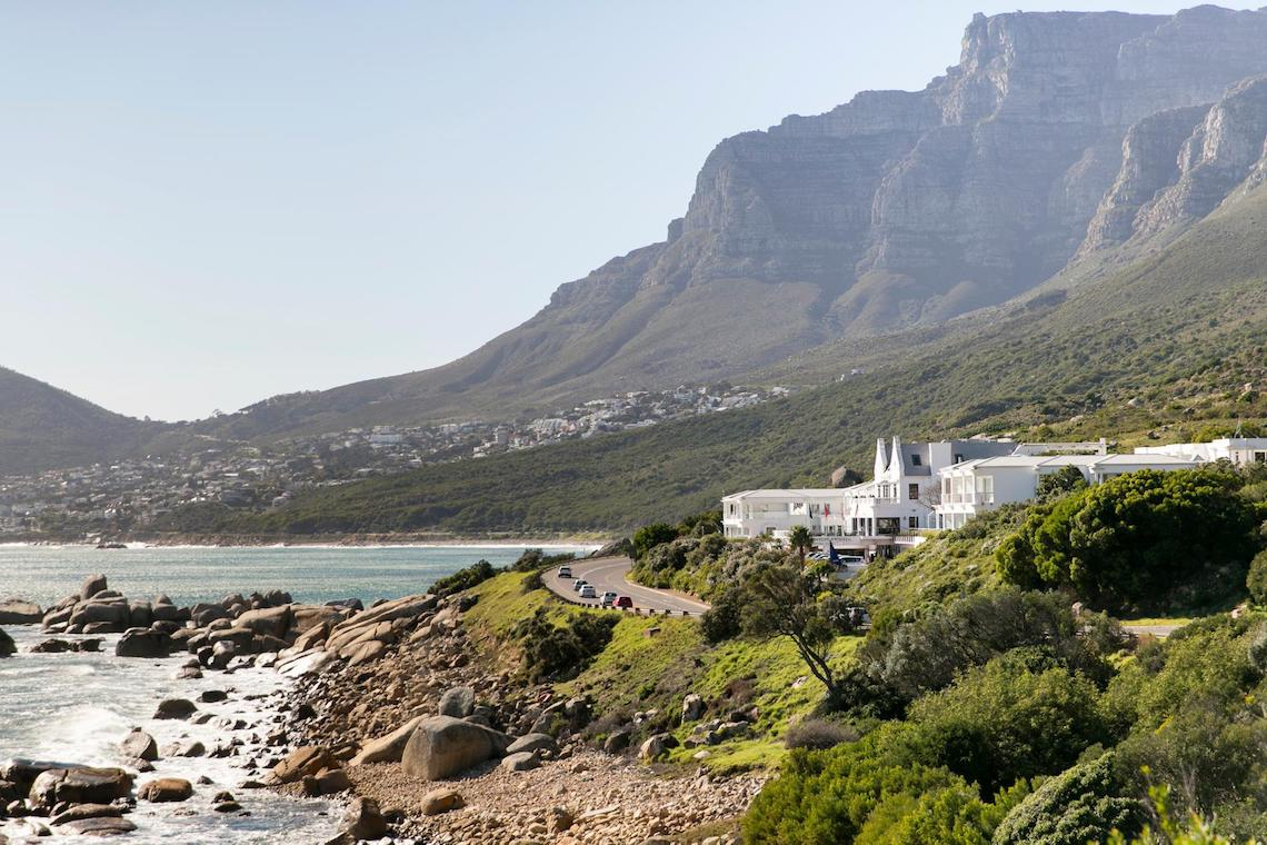 Cape Town Destination Wedding with Spectacular Mountain Views | ZaraZoo Photography 1