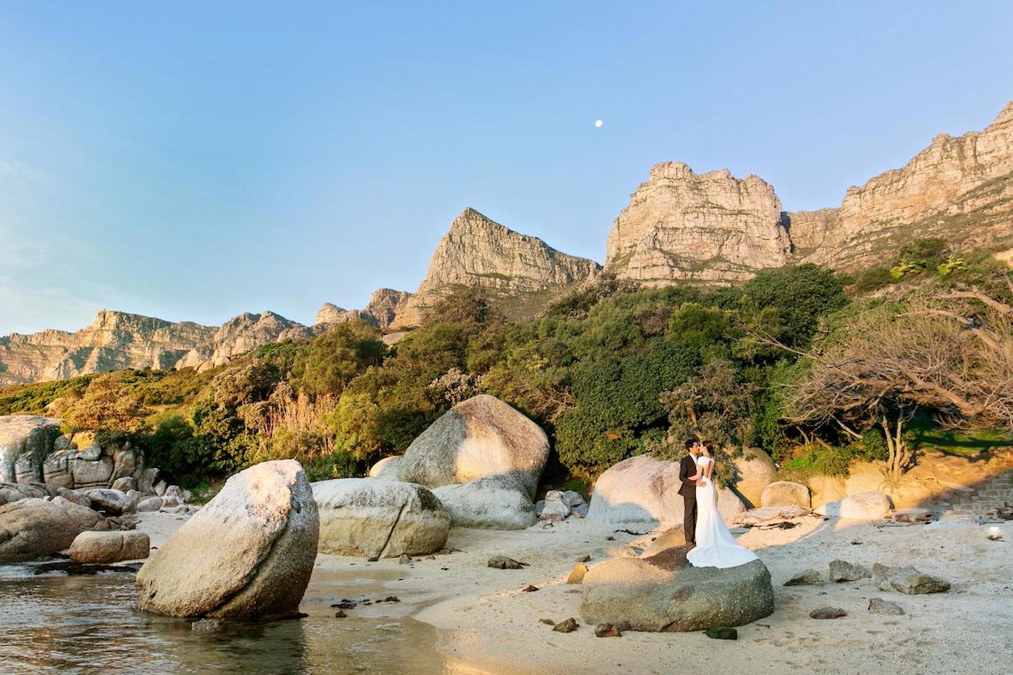 Cape Town Destination Wedding with Spectacular Mountain Views | ZaraZoo Photography 33