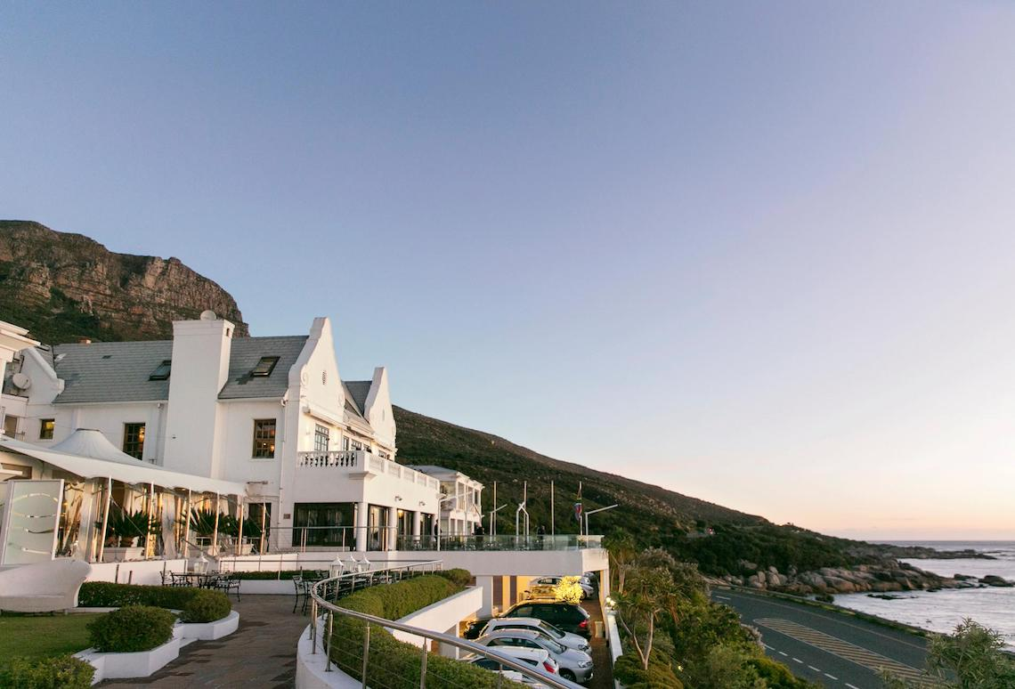 Cape Town Destination Wedding with Spectacular Mountain Views | ZaraZoo Photography 38