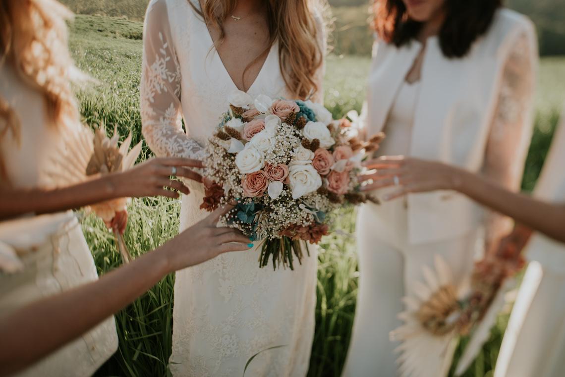 Free-Spirited & Panoramic Boho Wedding Inspiration | Sara Cuadrado and El Ramo Volador 39