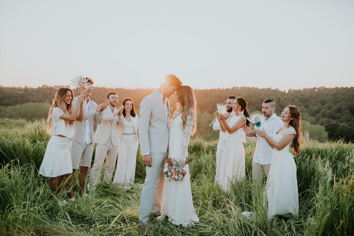 Free-Spirited & Panoramic Boho Wedding Inspiration | Sara Cuadrado and El Ramo Volador 58