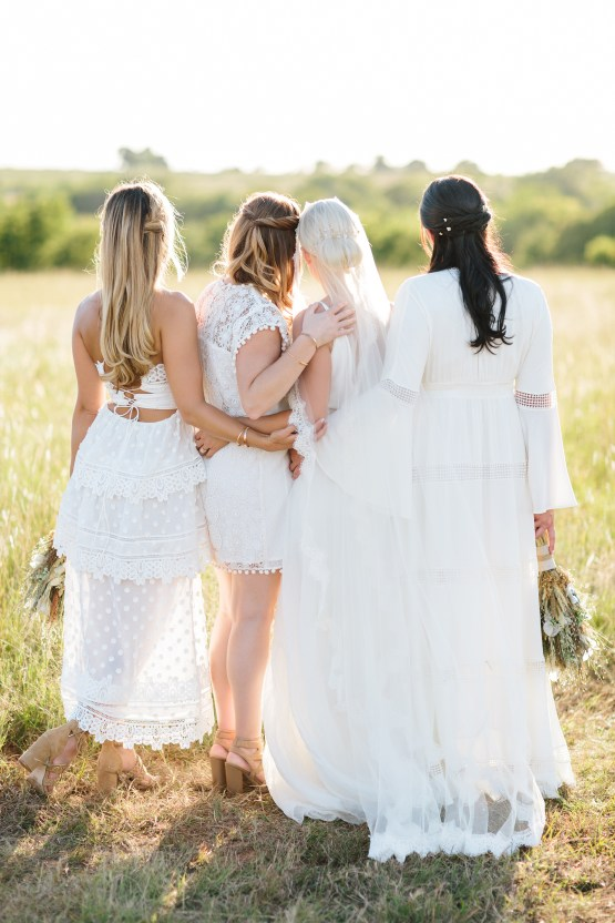 Fun, Scenic, Lakeside Wedding with Dried Floral Bouquets | Studio 1208 92