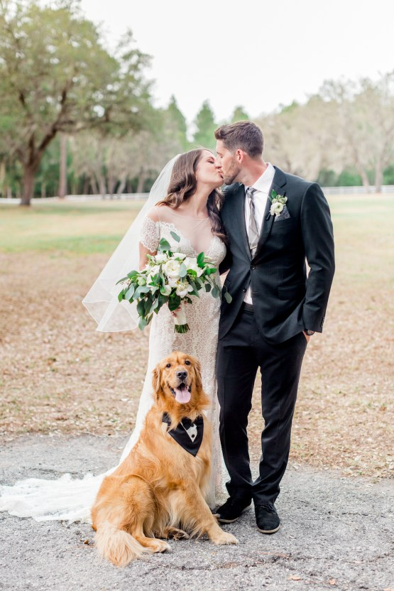 Gilded Florida Farm Wedding with an Adorable Golden Pup | Lauren Galloway Photography 27