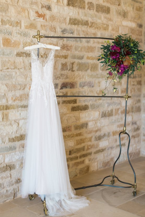 Romantic Gold, Grey and Berry Vineyard Wedding Inspiration | Jenny Quicksall & An Enlightened Event 1