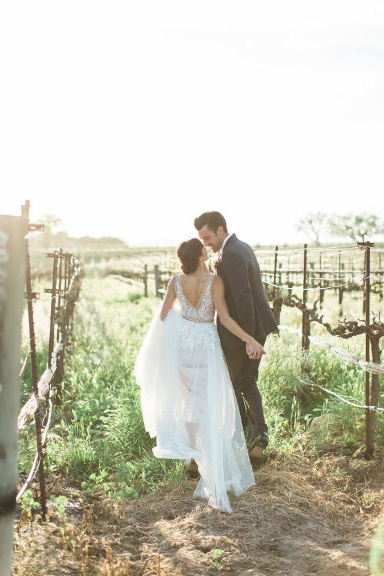 Romantic Gold, Grey and Berry Vineyard Wedding Inspiration | Jenny Quicksall & An Enlightened Event 60