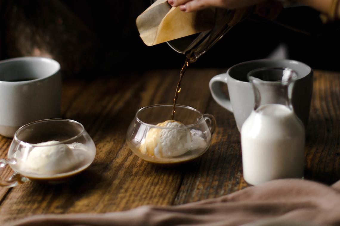 Cozy & Intimate Coffee Shop Elopement Inspiration | Grace Niu Avila 1