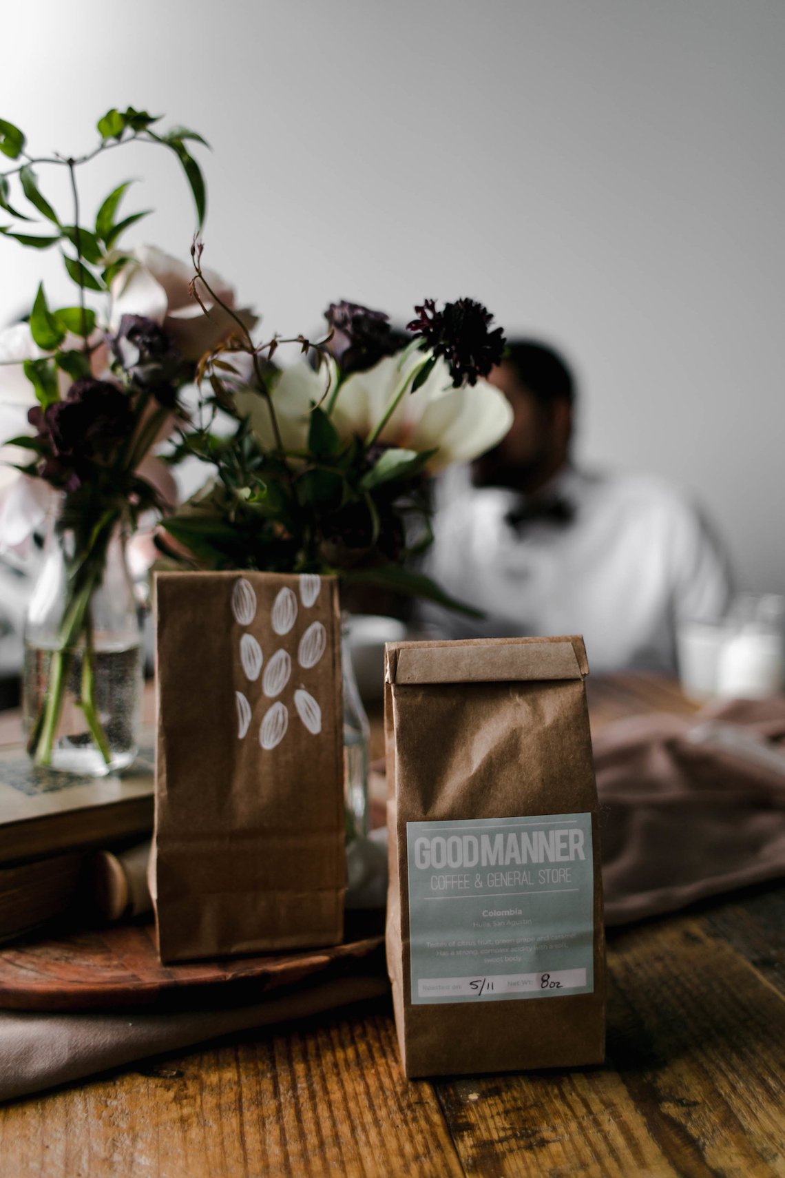 Cozy & Intimate Coffee Shop Elopement Inspiration | Grace Niu Avila 23