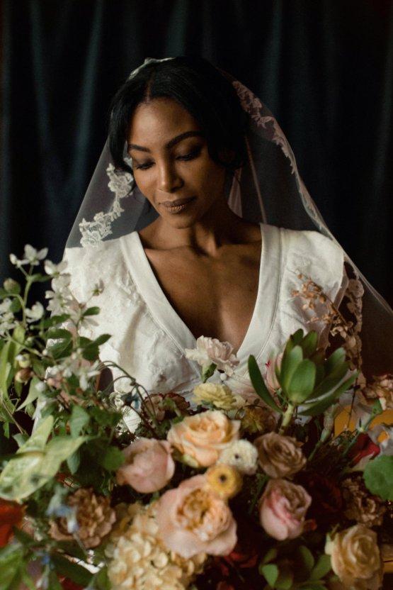 Romantic Candlelit Wedding Inspiration Full of Drama | Megan Wynn 31
