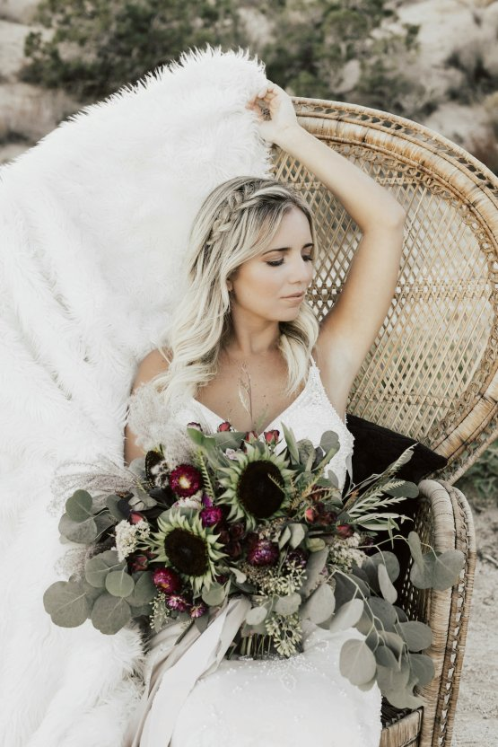 Boho Chic Elopement Inspiration with a Cool Teepee Altar | Maya Lora Photography 13
