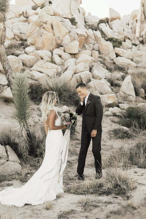 Boho Chic Elopement Inspiration with a Cool Teepee Altar | Maya Lora Photography 6
