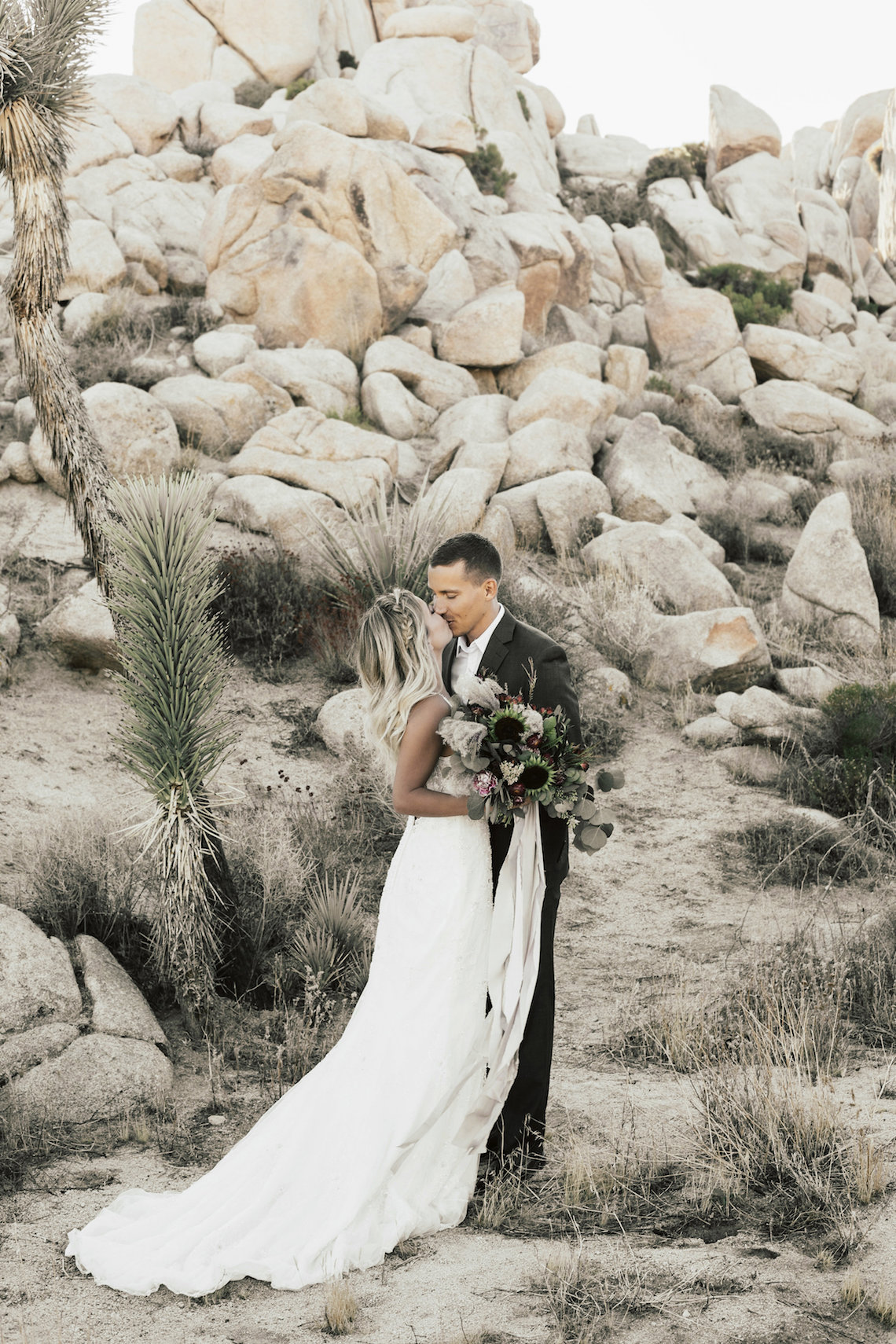 Boho Chic Elopement Inspiration with a Cool Teepee Altar | Maya Lora Photography 7