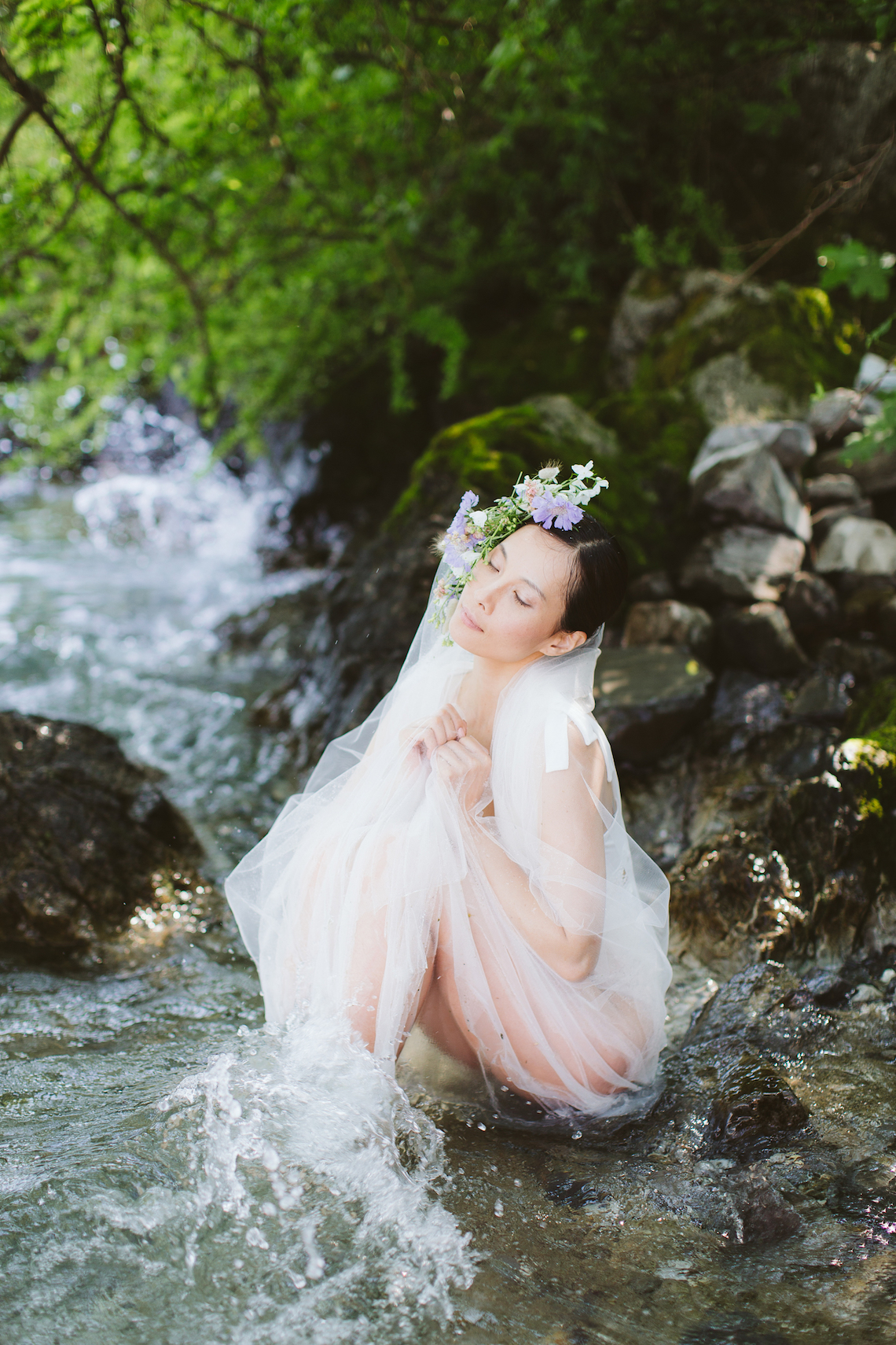 Calm, Ethereal & Romantic Lake Como Wedding Inspiration | Valentina Operandi 10