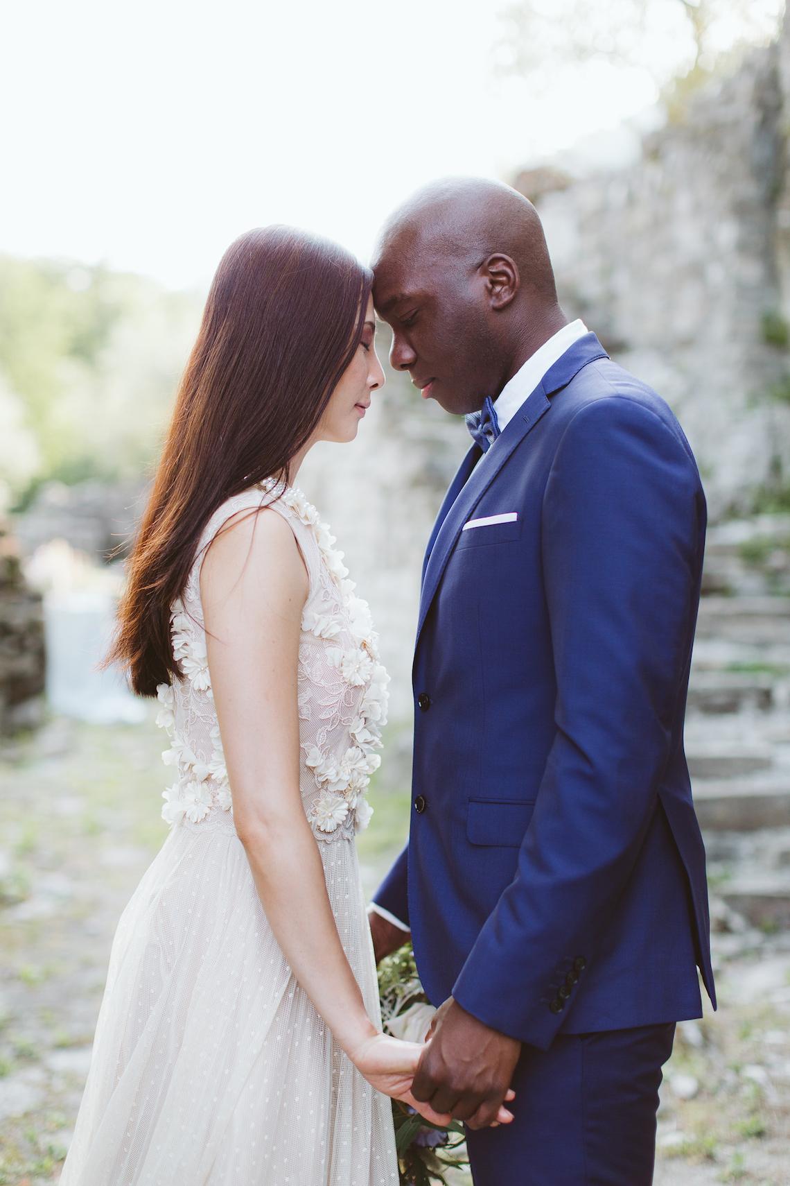 Calm, Ethereal & Romantic Lake Como Wedding Inspiration | Valentina Operandi 29