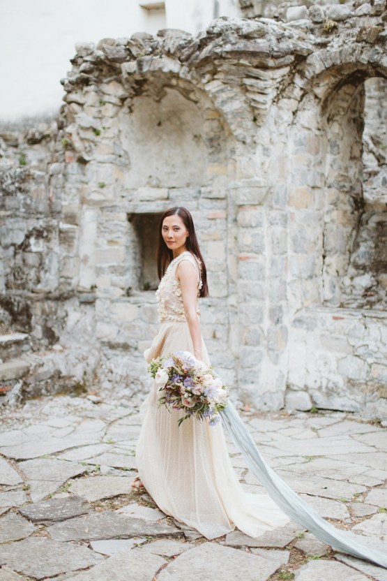 Calm, Ethereal & Romantic Lake Como Wedding Inspiration | Valentina Operandi 44