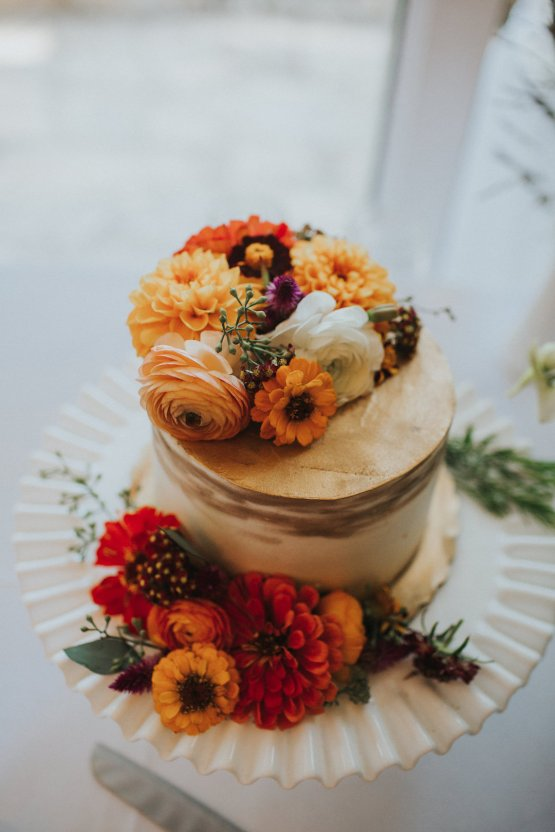 Colorful & Eclectic Americana Wedding in Texas | Amber Vickery Photography 31