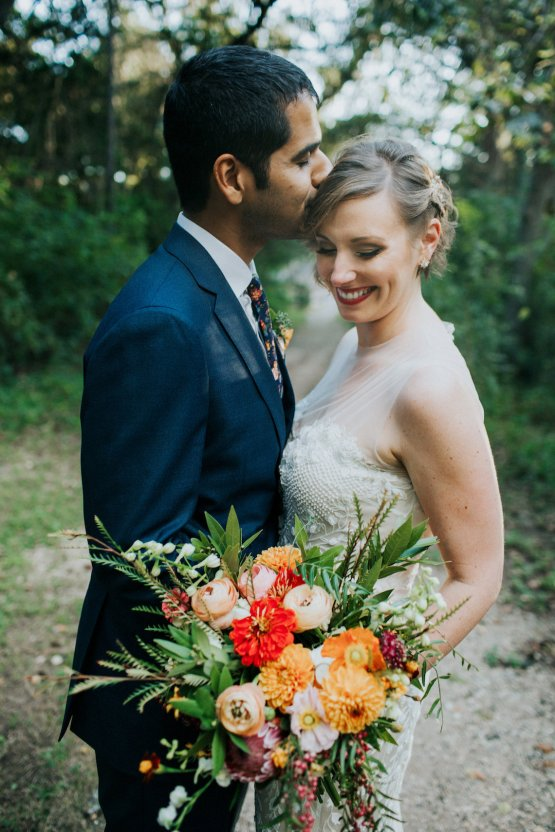 Colorful & Eclectic Americana Wedding in Texas | Amber Vickery Photography 46