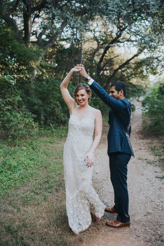 Colorful & Eclectic Americana Wedding in Texas | Amber Vickery Photography 47